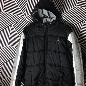 f0fd2c7219f Jordan Jackets & Coats   Camo Vest Hood Combo Boys Sz Large   Poshmark